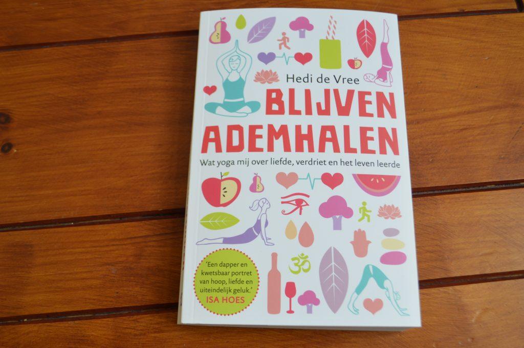 Book Review: Blijven Ademhalen – Hedi de Vree