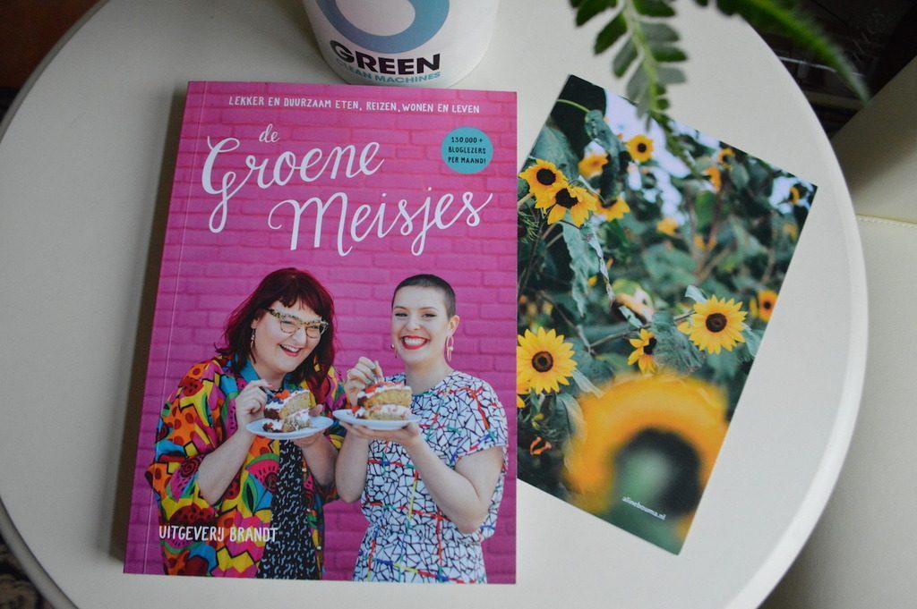 De Groene Meisjes BOOK Review.